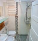 łazienka w apartamencie w Bytomiu